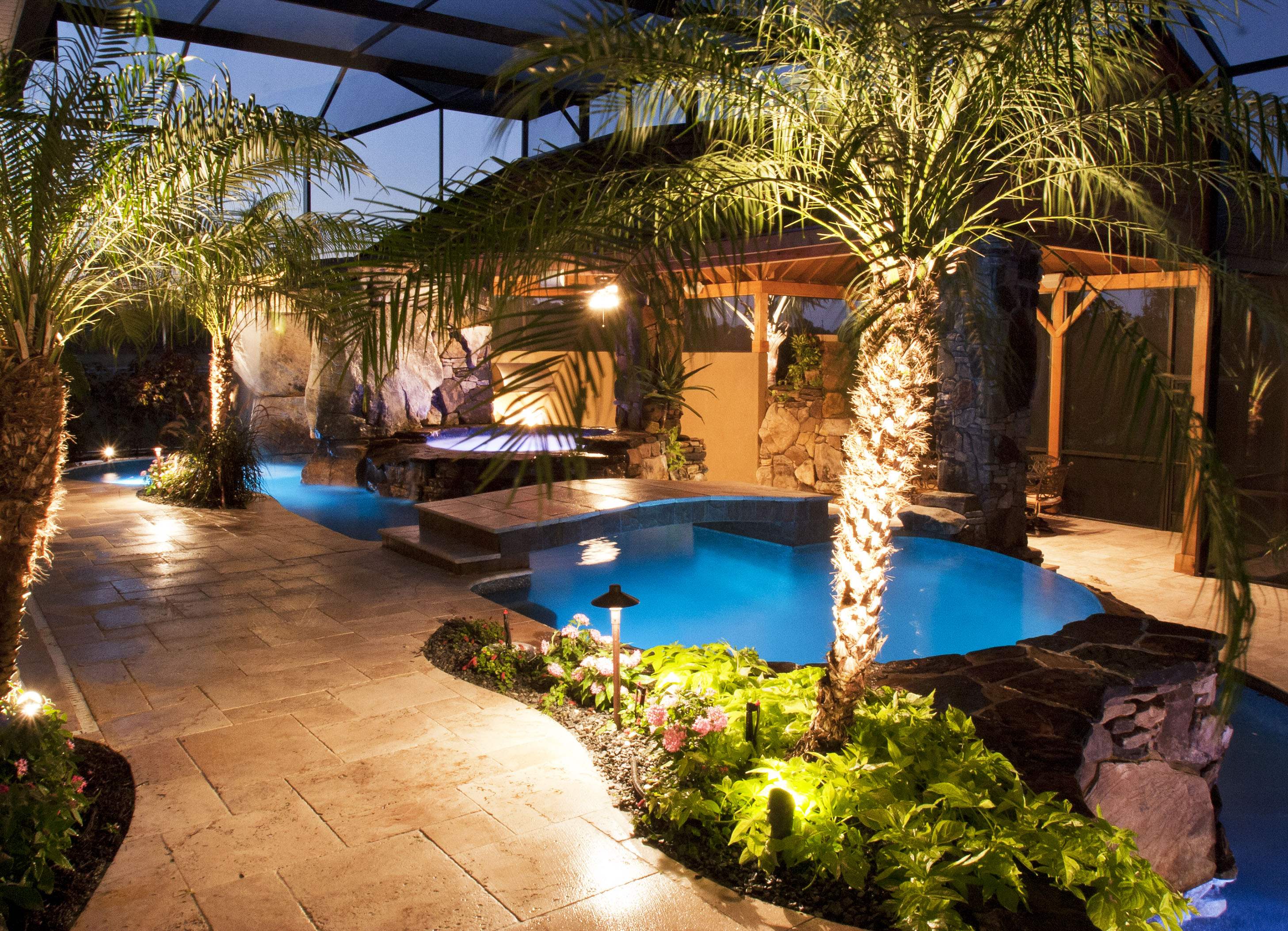 swimming pool and spa with outdoor kitchen bar and waterfalls - Outdoor Backyard Pools