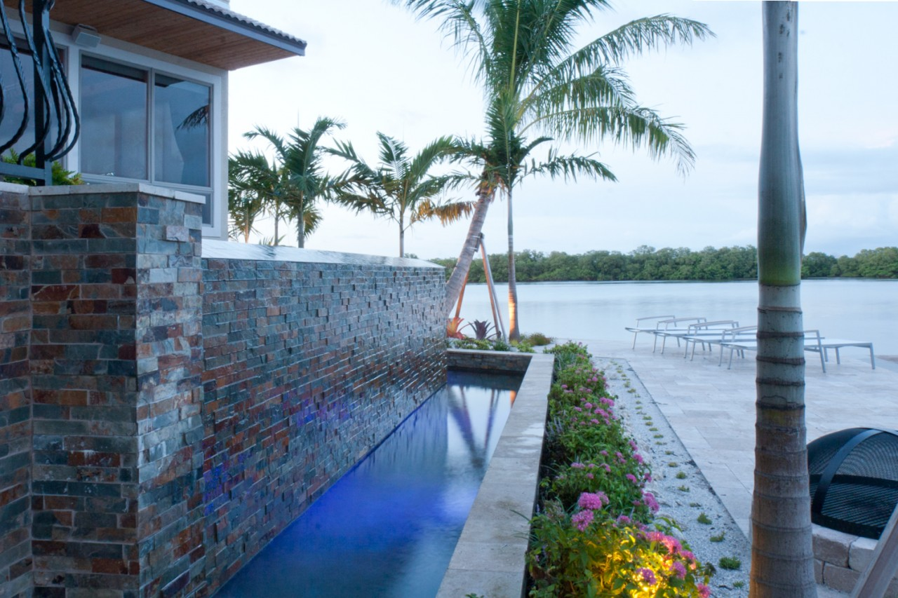 Infinity edge modern zen pool lucas lagoons for Zen pool design
