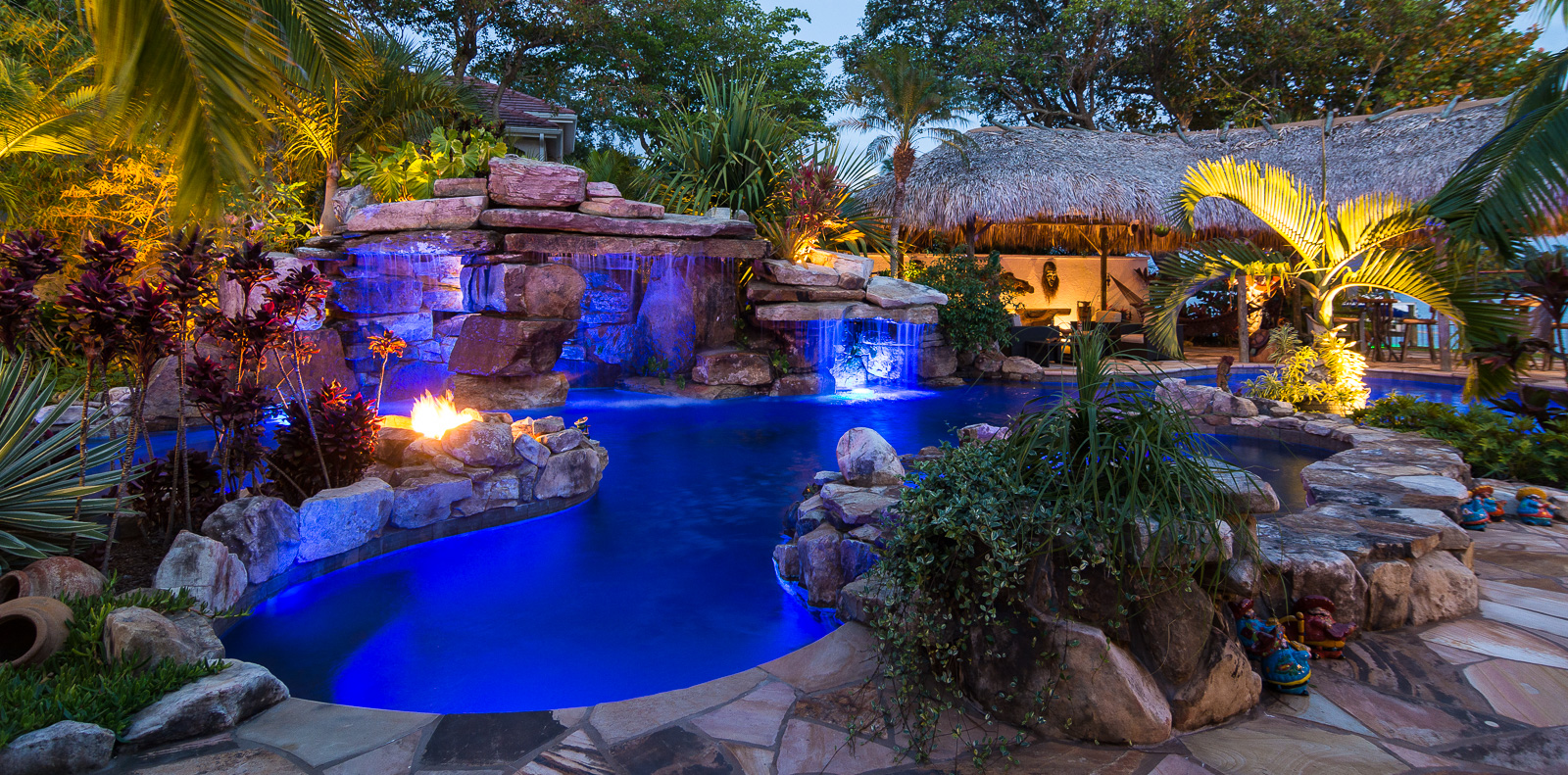 custom rock waterfall pool grotto spa natural stream. Black Bedroom Furniture Sets. Home Design Ideas