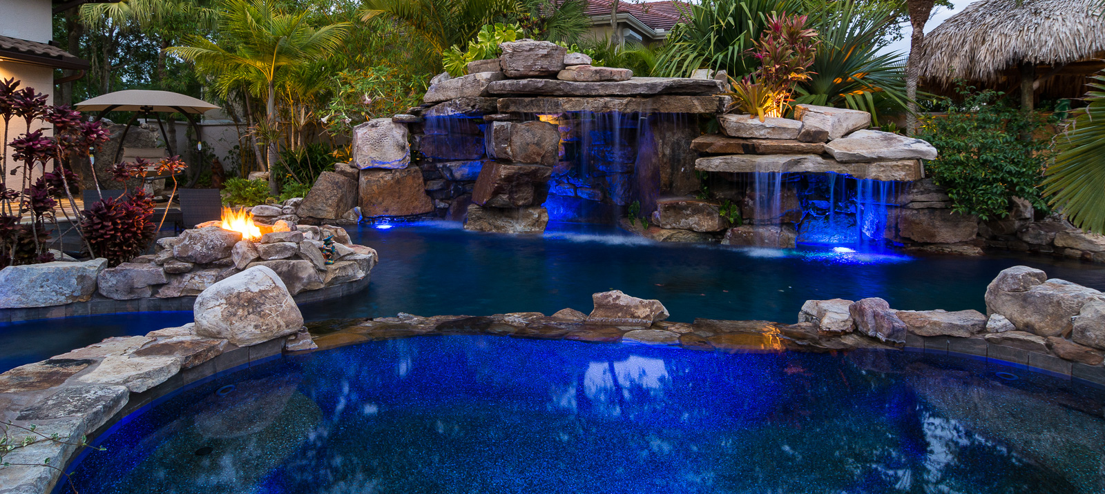 Custom Rock Waterfall Pool Grotto Spa Natural Stream Tiki Hut